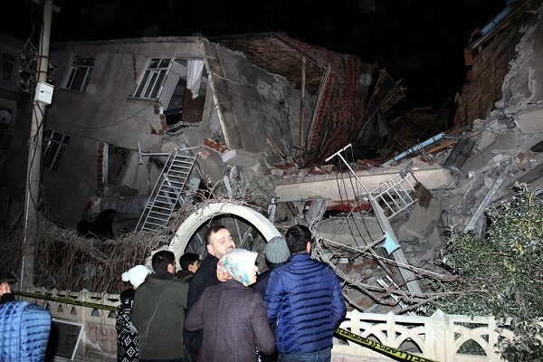 تلفات زلزله ترکیه به ۳۵ کشته افزایش یافت