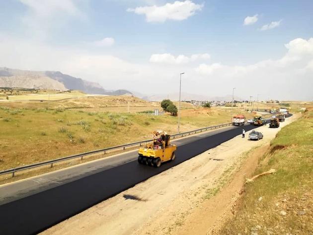اجرای 360 هزار متربع روکش آسفالت در جادههای لرستان