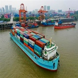 China upgrades container ships on Yangtze River