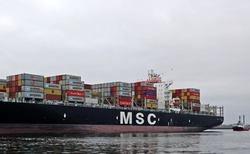 بزرگترین کشتی کانتینری جهان تحویل داده شد
