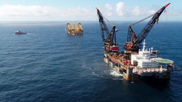 Mega-Projects Seen Becoming Less Mega as Oil Giants Rein In Costs