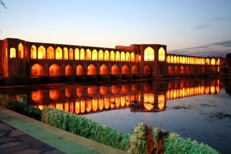 سوئیسیها در اصفهان آموزش گردشگری میدهند