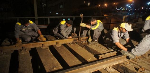 اجرای عملیات تکمیلی روسازی پل سیاه