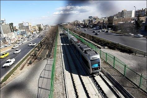 سنگ بودجه، پیش پای قطارهای حومهای