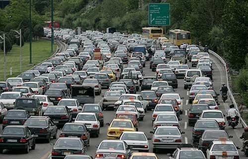 ترافیک شمال تهران در پی حریق یک مغازه
