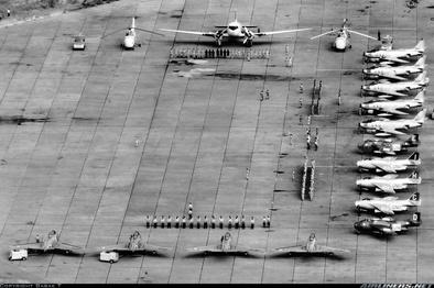 تصاویر  جنگندههای F-86 ایران بر فراز کنگو