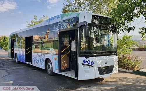 حرکت اولین اتوبوس تمام برقی ایران در خیابانهای تهران
