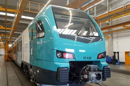1 520 mm gauge Traxx locomotive to be certified this year