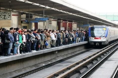 مترو و تکریم مسافرانش