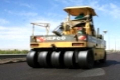 اجرای آسفالت ۴۰۰ کیلومتر از راههای روستایی قزوین با قیر یارانهای