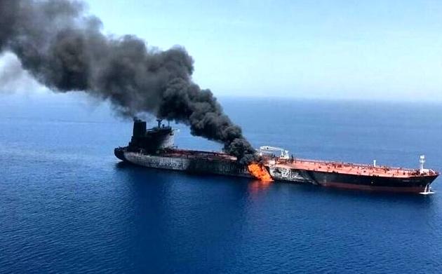 هیچ طرف کمکی به نفتکش ایرانی نکرده است