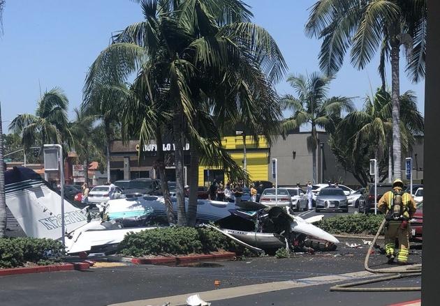 سقوط یک هواپیمای کوچک در کالیفرنیا