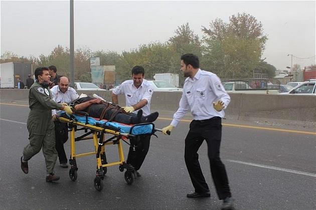 7 کشته و مصدوم در برخورد 2 خودرو