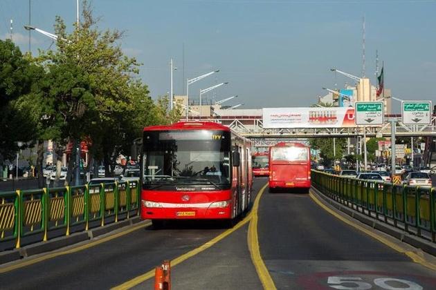در فصل گرما باید کولر اتوبوسها روشن باشد