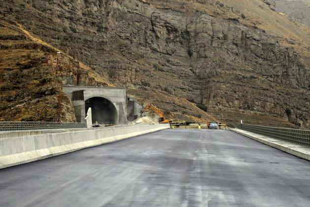 آزادراه تهران-شمال تا سال ۱۴۰۰ تکمیل نخواهد شد