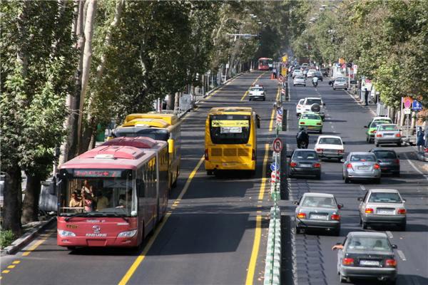 برخورد با تخلفات اتوبوسهای شرکت واحد