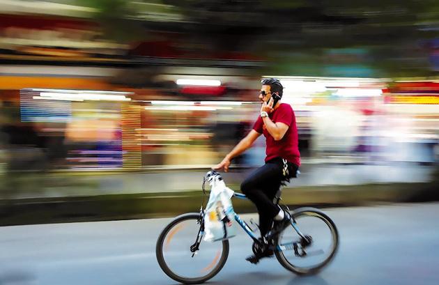 اظهارات متناقض درباره تردد دوچرخه در خطوط ویژه اتوبوس