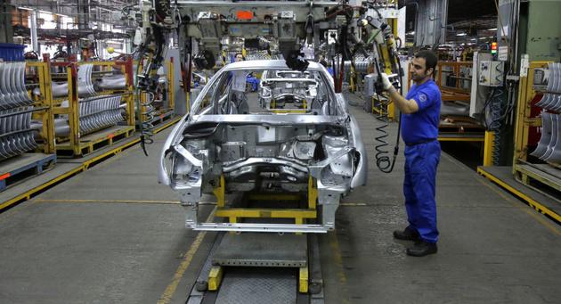 پرداخت تسهیلات ۵٠٠٠ میلیارد تومانی به خودروسازان نهایی شد