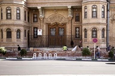 اعتراض شورای شهر به دیوارکشی مقابل مجلس