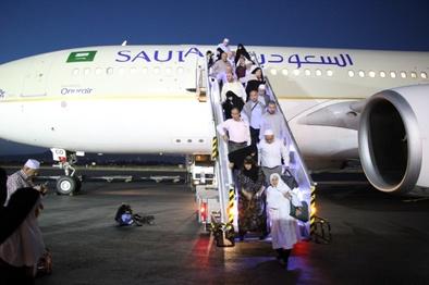 فرودگاه تبریز میزبان بازگشت حجاج از سرزمین وحی