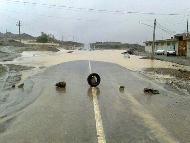 سیلاب ۱۶ راه روستایی در خراسان رضوی را بست