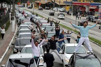 عکس/ اعتراض رانندگان اوبر در برزیل
