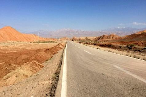 عملیات بهسازی محور شاهرود - طرود - معلمان بطول ۱۵ کیلومتر