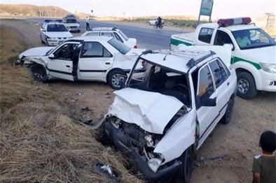 حادثه رانندگی در جاده مهریز به یزد پنج زخمی بر جا گذاشت