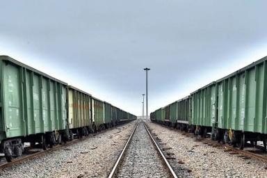 نخستین قطار ترانزیت گوگرد از ازبکستان وارد ایستگاه زاهدان شد