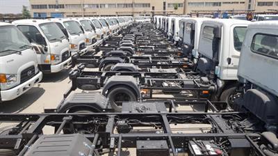 برگزاری جلسه با خودروسازان داخلی جهت تأمین ماشینآلات مورد نیاز شهرداریها و دهیاریها