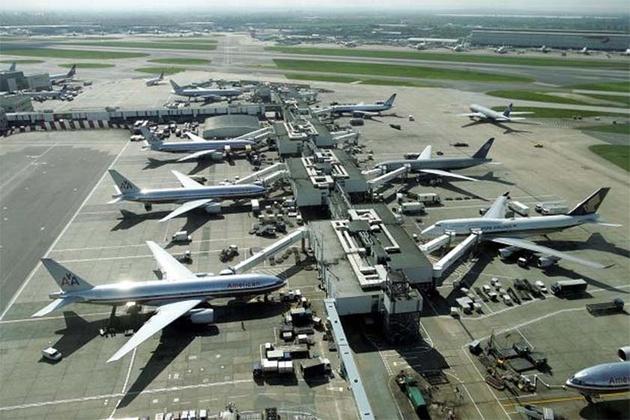دو اثر فروش هواپیما به ایران