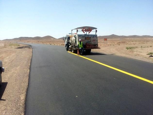 روکش آسفالت محور روستای چاه پایاب به طول 6 کیلومتر
