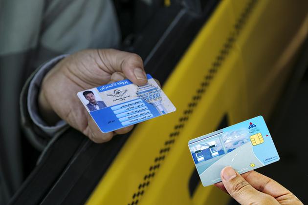 هشدار سازمان تاکسیرانی به رانندگان فاقد پروانه هوشمند معتبر در آستانه احیای مجدد کارت سوخت