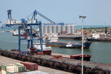 تجمیع برجام سیاسی با اقتصاد؛ کشتیرانی و نفت