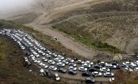 ترافیک ۱۵ کیلومتری در محور ورودی استان گیلان