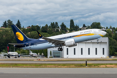 Boeing Delivers First 737 MAX to Jet Airways