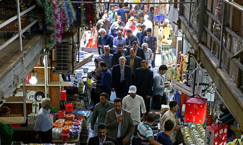 لاریجانی در بازار