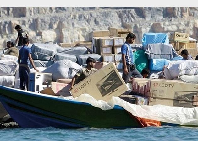 توقیف دوبه تجاری حامل کالای قاچاق در آب های خلیج فارس