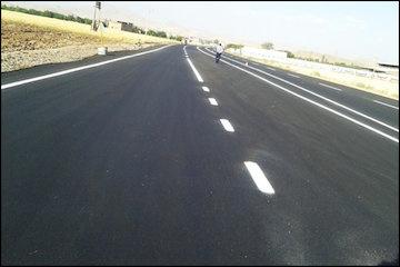 خطکشی ۱۰۰۳ کیلومتر از راههای استان همدان در سال گذشته