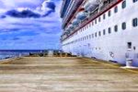 مشکل بیمه کشتی های کروز به آبهای کشور رفع می شود
