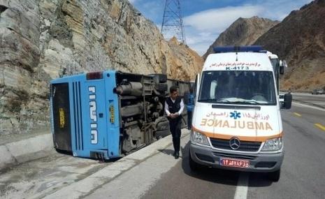 وقوع دو حادثه اتوبوسی