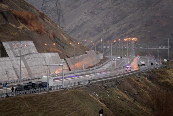تصاویری از افتتاح آزادراه تهران-شمال با حضور روحانی