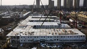 چین رکورد زد: مراحل ساخت بیمارستان 1000 تختخوابی در 6 روز را ببینید