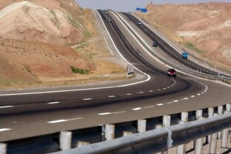 اجرای ۱۰۰ کیلومتر پروژه بزرگراهی مصوب سفر رئیس جمهور