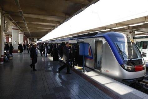 برپایی پایگاه مشاوره آسیبهای اجتماعی با موضوع مقابله با کار کودک در متروی تهران