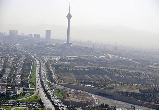 ظرفیت زیستی تهران پاسخگوی صنعت و جمعیت بیشتر نیست
