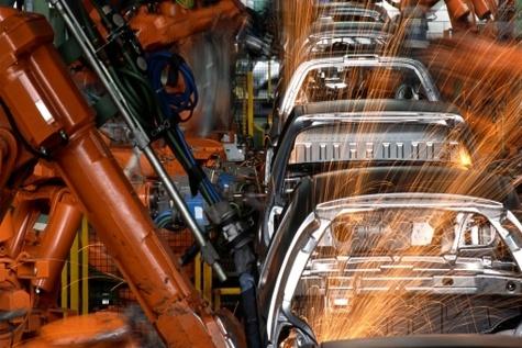 بررسی روند واردات و تولید خودرو در ۱۰ماهه ۱۳۹۴