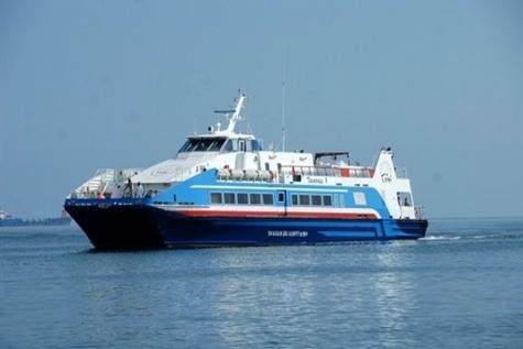 راه اندازی خط مسافری دریایی بین جزایر قشم و لارک پیگیری شود