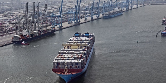 How Maersk and DB Schenker collaborate to reduce ocean pollution and CO2 emissions