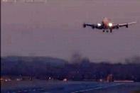 فیلم / فرود پرخطر بوئینگ ۷۴۷